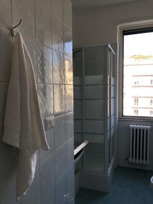 CP-Bagno-doccia-vaschetta per panni