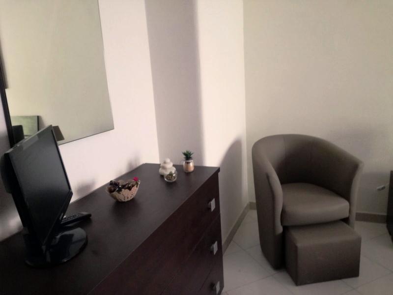 Camera moderna comò