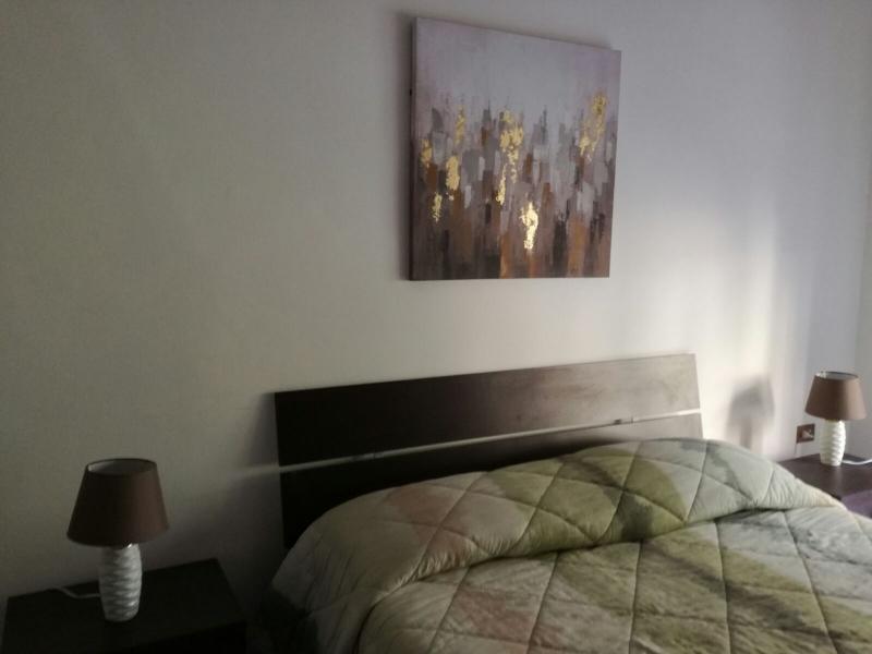 Camera moderna letto zoom